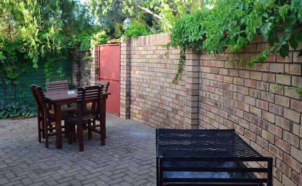Accommodation in Kimberley - Hadida Guest House
